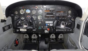 Piper Arrow III full